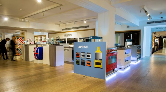 showroom display stands for smeg